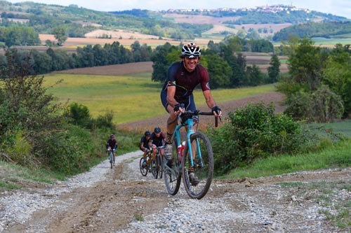 RedBull promuove La Monsterrato tra i 6 eventi più interessanti del Gravel Biking