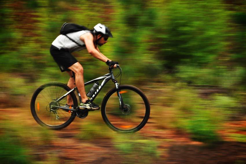 Come allenarsi per affrontare lunghi percorsi in bicicletta